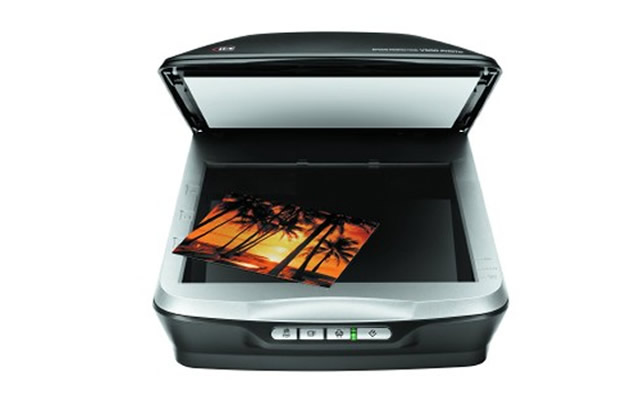 Epson Perfection V500 Photo Scanner